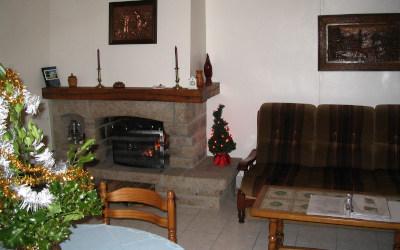 Chez Fano - La cheminée, pour les soirées d'hiver.